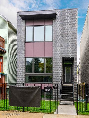 2934 N Allen Avenue, Chicago, IL 60618 (MLS #10618130) :: Berkshire Hathaway HomeServices Snyder Real Estate