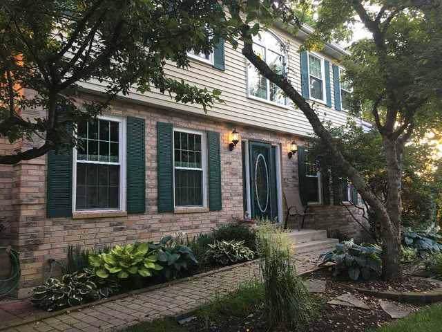 1386 Laurel Oaks Drive, Streamwood, IL 60107 (MLS #10618253) :: Suburban Life Realty