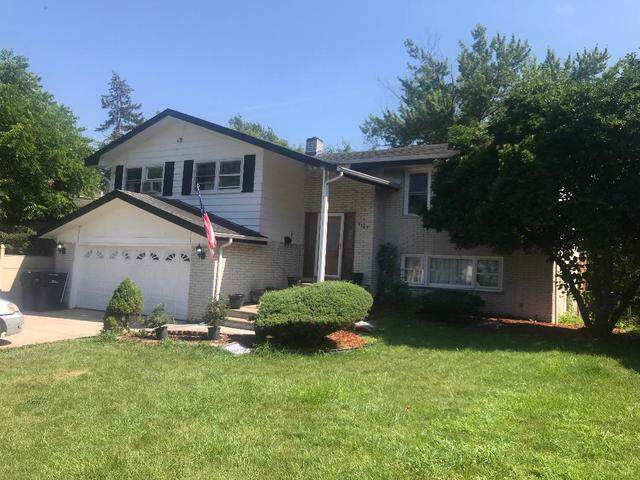 9149 W 93rd Street, Hickory Hills, IL 60457 (MLS #10618345) :: The Wexler Group at Keller Williams Preferred Realty