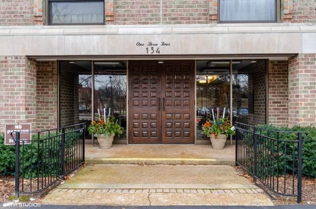 134 Green Bay Road #103, Winnetka, IL 60093 (MLS #10618507) :: Angela Walker Homes Real Estate Group