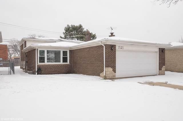 7121 N Hamlin Avenue, Lincolnwood, IL 60712 (MLS #10618534) :: Berkshire Hathaway HomeServices Snyder Real Estate