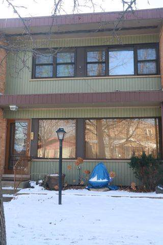 1743 E 74th Street, Chicago, IL 60649 (MLS #10618916) :: Property Consultants Realty