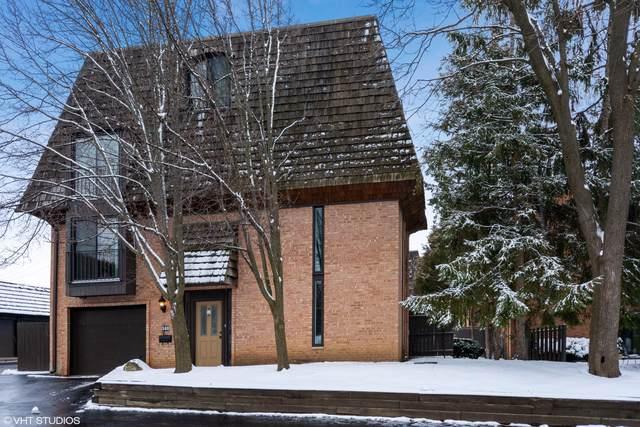 588 W Russell Street 10-588, Barrington, IL 60010 (MLS #10618927) :: Suburban Life Realty
