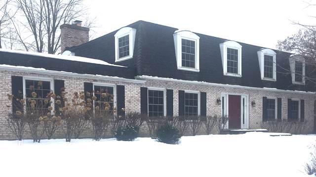340 Grayfriars Lane, Inverness, IL 60067 (MLS #10619191) :: Angela Walker Homes Real Estate Group