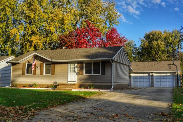 322 Rowe Drive, Bloomington, IL 61701 (MLS #10619207) :: The Perotti Group   Compass Real Estate