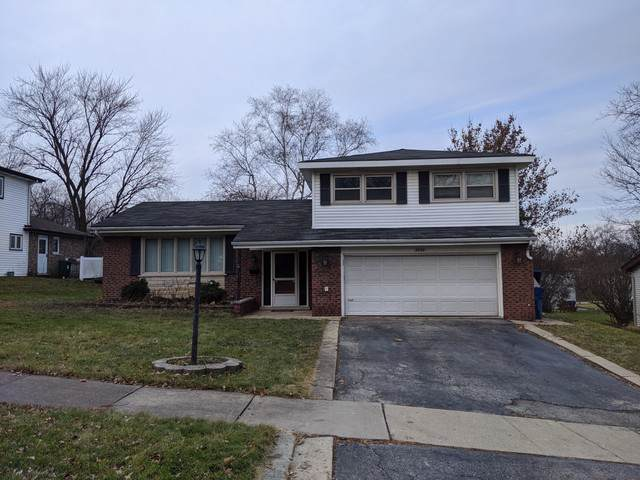 8808 S 82nd Avenue, Hickory Hills, IL 60457 (MLS #10619377) :: The Wexler Group at Keller Williams Preferred Realty