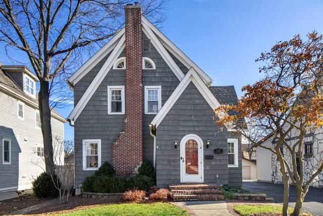 3907 Grand Avenue, Western Springs, IL 60558 (MLS #10619497) :: Helen Oliveri Real Estate