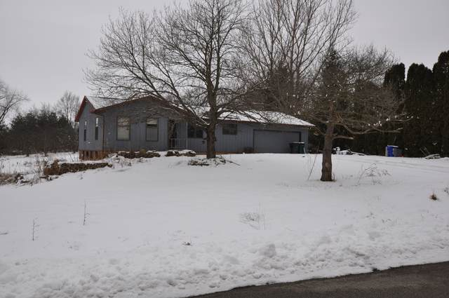 10327 Ridge Lane, Marengo, IL 60152 (MLS #10620193) :: Lewke Partners