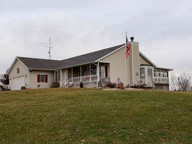 1192 Bay Drive, Dixon, IL 61021 (MLS #10620295) :: Angela Walker Homes Real Estate Group