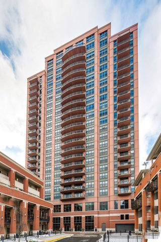 330 N Jefferson Street #1008, Chicago, IL 60661 (MLS #10620411) :: The Perotti Group | Compass Real Estate