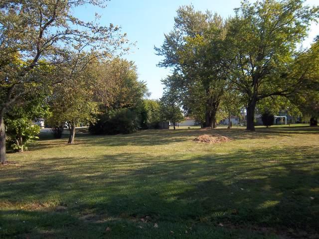 117 Plainfield Road - Photo 1