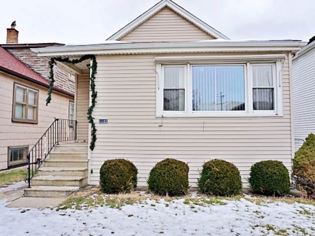 6045 S 76th Avenue, Summit, IL 60501 (MLS #10622432) :: Helen Oliveri Real Estate