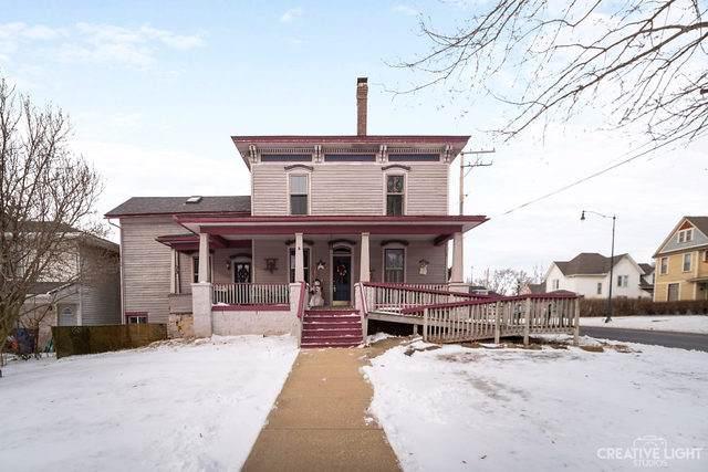 335 W Lincoln Avenue, Hinckley, IL 60520 (MLS #10622744) :: Ani Real Estate