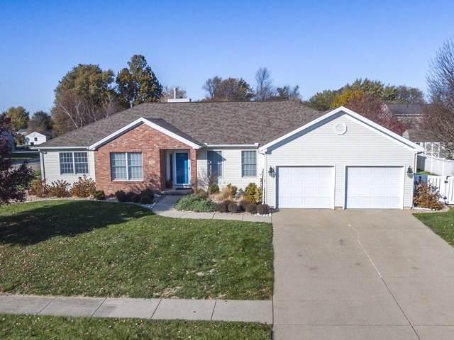 101 Dove Court, Hudson, IL 61748 (MLS #10622862) :: BN Homes Group