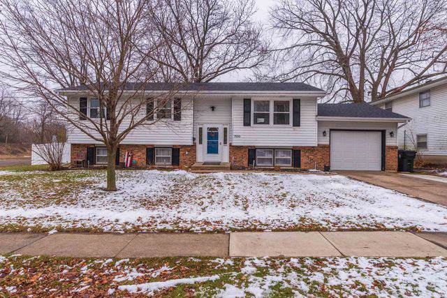 700 Angela Drive, Normal, IL 61761 (MLS #10625204) :: BN Homes Group