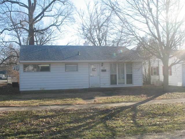 702 W Washington Street, CLINTON, IL 61727 (MLS #10627349) :: Lewke Partners