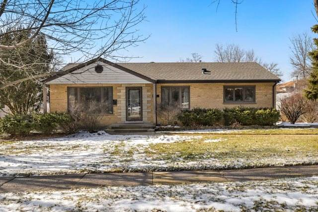 4422 Wilson Avenue, Downers Grove, IL 60515 (MLS #10627464) :: Century 21 Affiliated