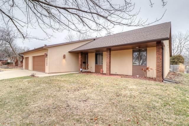 2408 Grange Drive, Urbana, IL 61801 (MLS #10627542) :: Ryan Dallas Real Estate