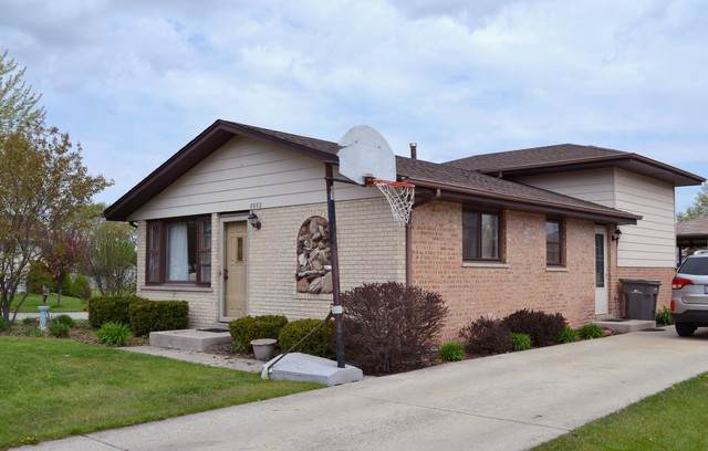 8932 169th Street, Orland Hills, IL 60487 (MLS #10627673) :: Helen Oliveri Real Estate