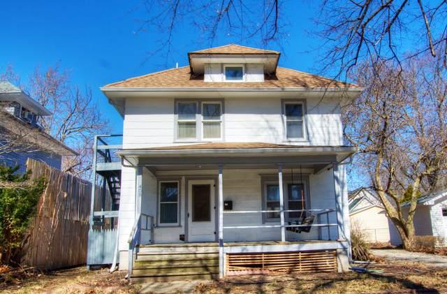 408 Illinois Street - Photo 1