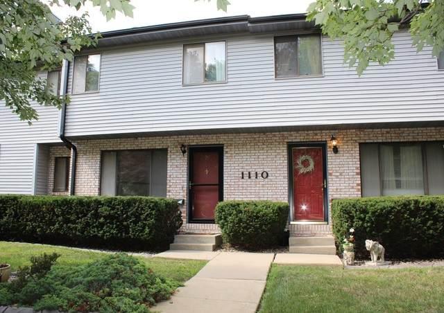 1110 E Jefferson Street #19, Bloomington, IL 61701 (MLS #10627919) :: John Lyons Real Estate