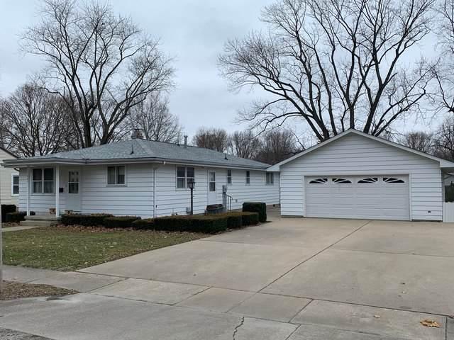 401 Stout Street, ST. JOSEPH, IL 61873 (MLS #10628319) :: Ryan Dallas Real Estate