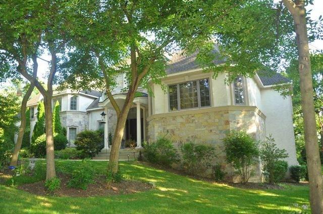 38W220 Heritage Oaks Drive, St. Charles, IL 60175 (MLS #10628515) :: Lewke Partners