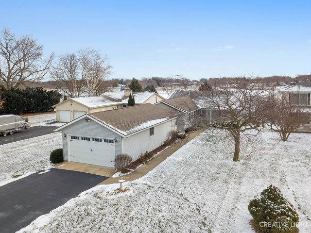 1178 Lady Bird Drive, Lake Holiday, IL 60552 (MLS #10628677) :: Ryan Dallas Real Estate