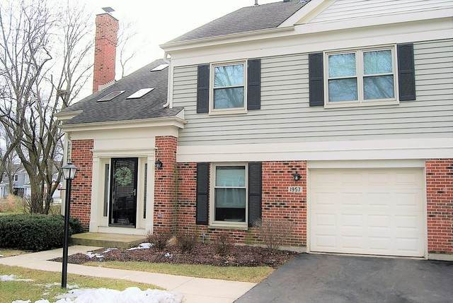 1957 N Charter Point Drive, Arlington Heights, IL 60004 (MLS #10630247) :: Littlefield Group
