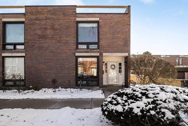 15 Birch Tree Court #15, Elmhurst, IL 60126 (MLS #10630742) :: Helen Oliveri Real Estate