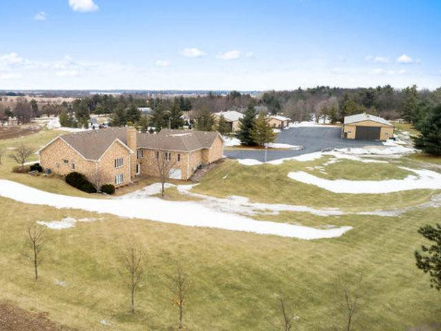 40W839 Norris Road, Sugar Grove, IL 60554 (MLS #10631196) :: Touchstone Group