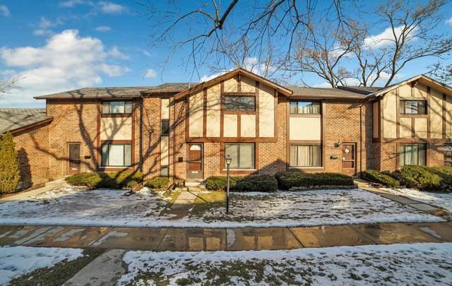 1S261 Ingersoll Lane, Villa Park, IL 60181 (MLS #10631237) :: Angela Walker Homes Real Estate Group