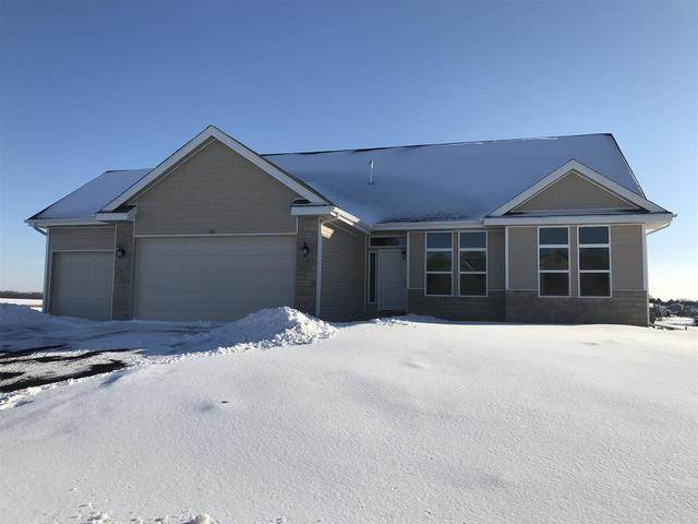 1011 Benbrook Drive, Loves Park, IL 61111 (MLS #10633343) :: Berkshire Hathaway HomeServices Snyder Real Estate