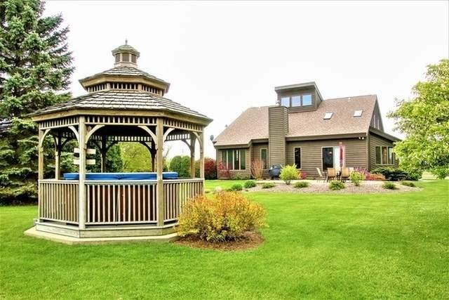 5712 Wilmot Road, Johnsburg, IL 60051 (MLS #10635366) :: John Lyons Real Estate