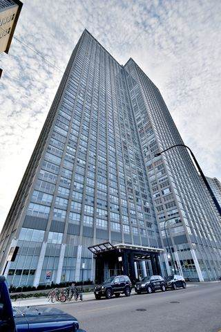 655 W Irving Park Road #4901, Chicago, IL 60613 (MLS #10635826) :: Touchstone Group