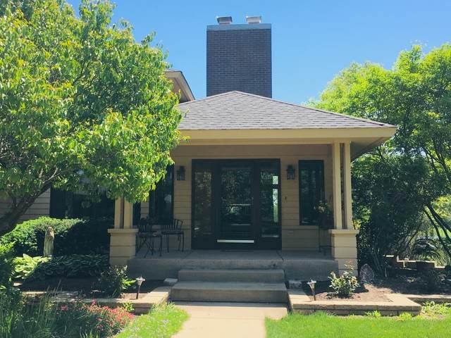 6N247 Prairie Valley Drive, St. Charles, IL 60175 (MLS #10636234) :: Helen Oliveri Real Estate