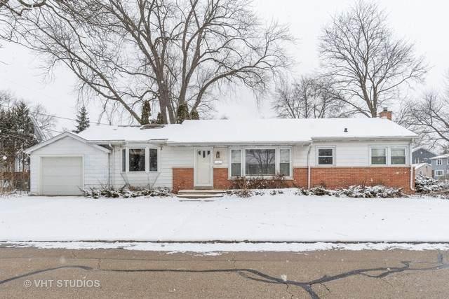 209 W 12th Avenue, Naperville, IL 60563 (MLS #10636352) :: Helen Oliveri Real Estate
