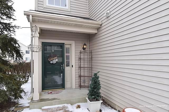 265 Thornwood Way A, South Elgin, IL 60177 (MLS #10636776) :: Helen Oliveri Real Estate