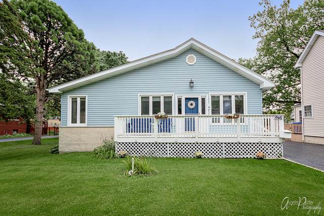 961 Walter Avenue, Des Plaines, IL 60016 (MLS #10637271) :: Helen Oliveri Real Estate