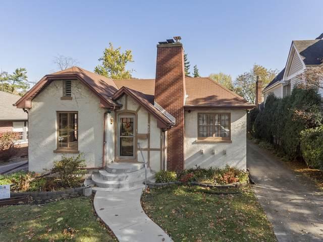 4623 Howard Avenue, Western Springs, IL 60558 (MLS #10637342) :: The Wexler Group at Keller Williams Preferred Realty