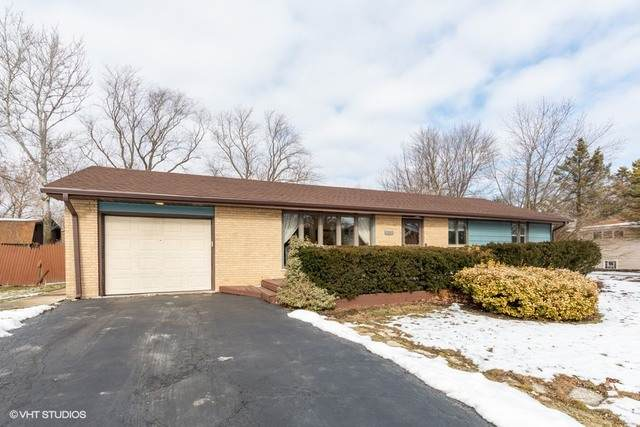 7620 Carmichael Drive, Palos Heights, IL 60463 (MLS #10637566) :: The Wexler Group at Keller Williams Preferred Realty