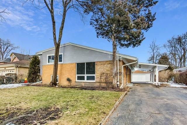 2726 Hawthorn Lane, Wilmette, IL 60091 (MLS #10638502) :: Janet Jurich