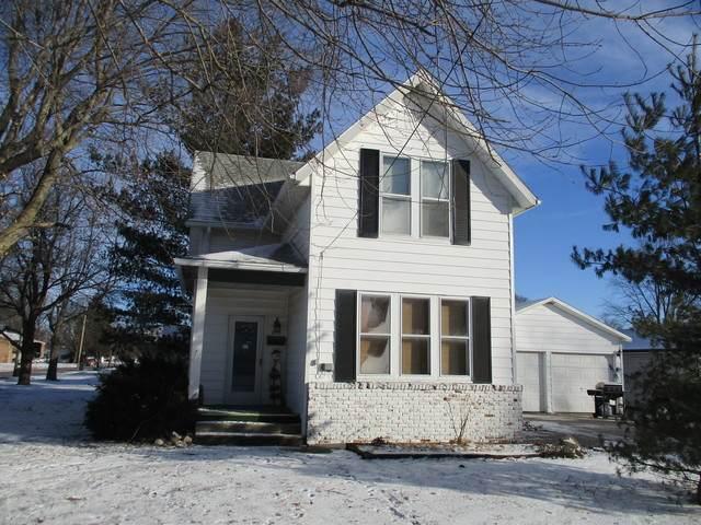 400 E Newkirk Street, Tuscola, IL 61953 (MLS #10639002) :: Littlefield Group