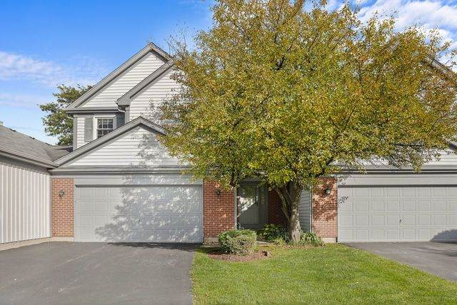 6521 Barclay Court #4, Downers Grove, IL 60516 (MLS #10639297) :: BN Homes Group