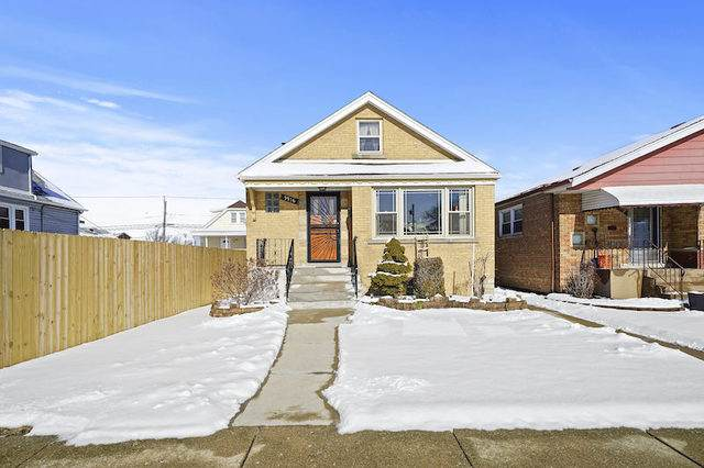 5916 W 60th Street, Chicago, IL 60638 (MLS #10639522) :: Helen Oliveri Real Estate