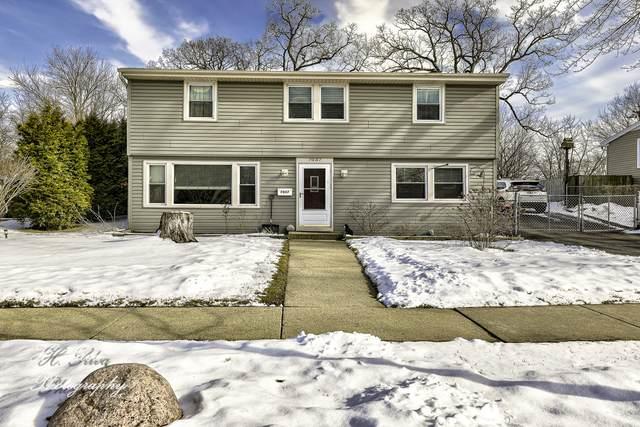 7037 Lowell Drive, Carpentersville, IL 60110 (MLS #10639934) :: Helen Oliveri Real Estate