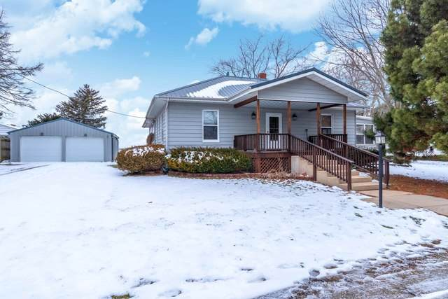 113 S West Street, Ellsworth, IL 61737 (MLS #10640096) :: Jacqui Miller Homes