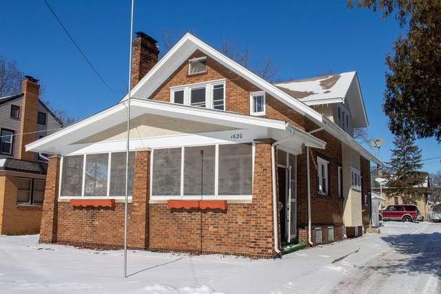 1620 Prospect Court, Rockford, IL 61107 (MLS #10640175) :: Ryan Dallas Real Estate