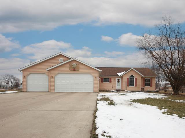 4340 S Main Street, Mazon, IL 60444 (MLS #10640786) :: Angela Walker Homes Real Estate Group