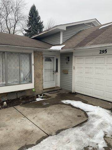 295 Waverly Drive, Elgin, IL 60120 (MLS #10640916) :: Property Consultants Realty